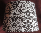 100007302 Black & White damask parchment Shade