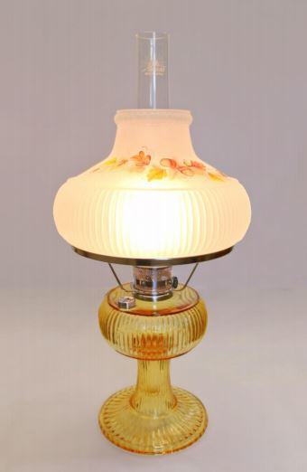 Aladdin Grand Vertique Table Oil Lamp and shade SET Honey